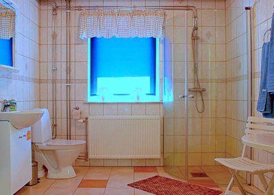 WC & dusch Kustmarkens Hundtjänst avel dressyr ledarhundar